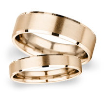 4mm Slight Court Extra Heavy polished chamfered edges with matt centre Wedding Ring in 9 Carat Rose Gold
