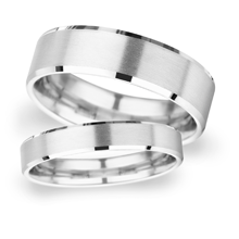 4mm Slight Court Extra Heavy polished chamfered edges with matt centre Wedding Ring in 9 Carat White Gold