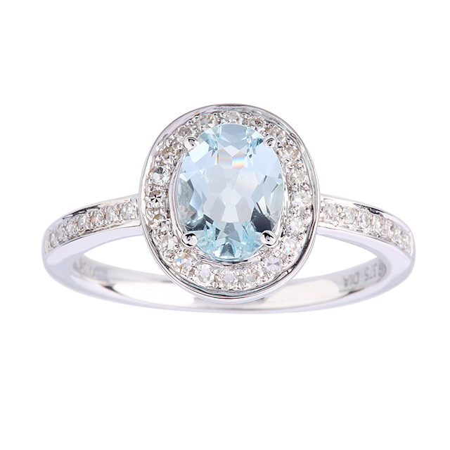 Oval Aquamarine and Diamond Ring in 9 Carat White Gold  Ring Size K